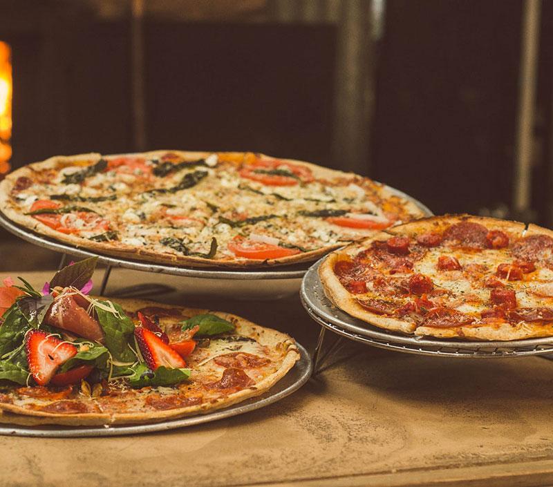 3 Pizzas 10