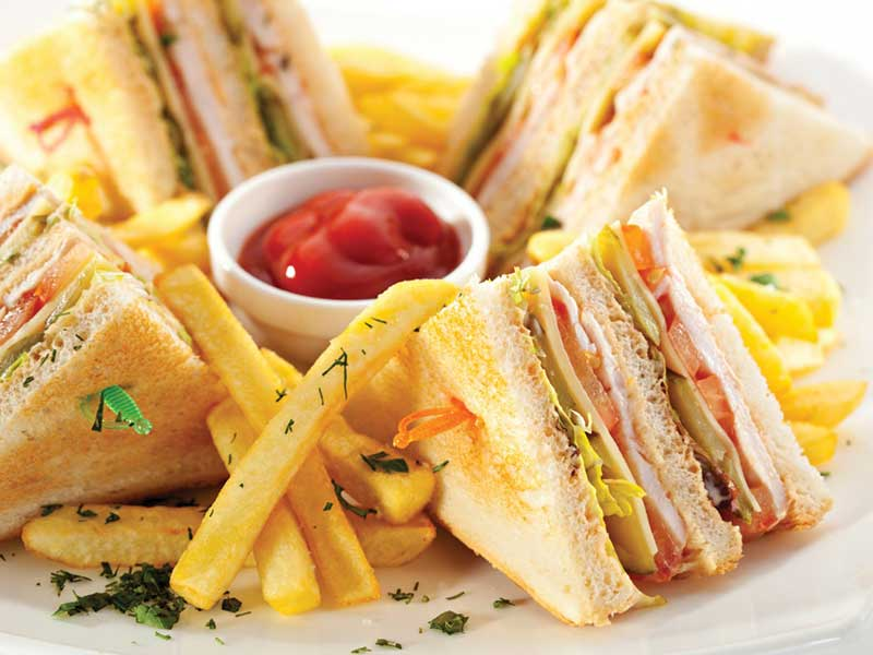 2 Club sandwiches